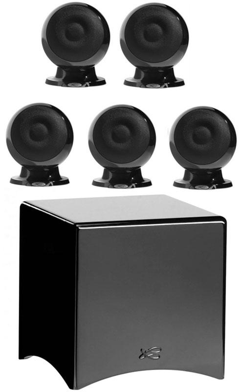 Cabasse Eole 3 System 5.1, Black акустическая система для домашнего кинотеатраCabasse Eole 3 System 5.1 WS Glossy BlackCabasse Eole 3 - акустическая система для домашнего кинотеатра, состоящая из 5 новых сферических сателлитов и очень компактного сабвуфера. Данная модель во многом использует преимущества исследований, которые были сделаны при разработке La Sphere, четырехполосного коаксиального флагмана компании. С технической стороны, инженеры Cabasse придерживались принципа коаксиального устройства в сферическом объеме, для однородного распространения звука. Сабвуфер Santorin 21 оснащен 250 W усилителем и новым 8 вуфером, специально разработанным для того, чтобы обеспечить музыкальность для звука и контролируемую мощность для использования в домашнем кинотеатре. Размеры динамиков: ВЧ: 19 мм, НЧ: 100 мм Размер динамика сабвуфера: 210 мм