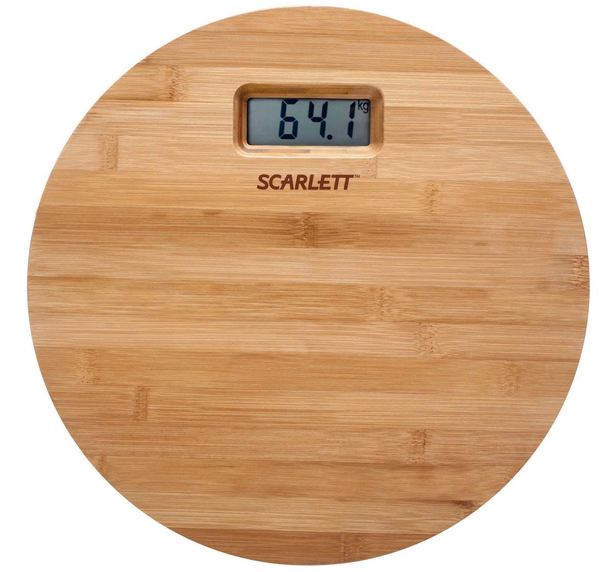 Scarlett SC-BS33E061, Bamboo весы напольныеSC-BS33E061Напольные весы Scarlett SC-BS33E061 имеют уникальный дизайн деревянной платформы. Это простой и удобный способ контролировать свой вес. Максимальная нагрузка на данную модель может составлять 180 кг. При перегрузе загорится предупреждающий сигнал. Также специальная индикация сообщит пользователям о необходимости замены элемента питания. Чтобы весы начали работать, достаточно просто встать на них. После взвешивания прибор отключится самостоятельно. Высокочувствительные датчики Индикатор перегрузки Индикатор батарейки Цифровой жидкокристаллический дисплей Прорезиненные ножки