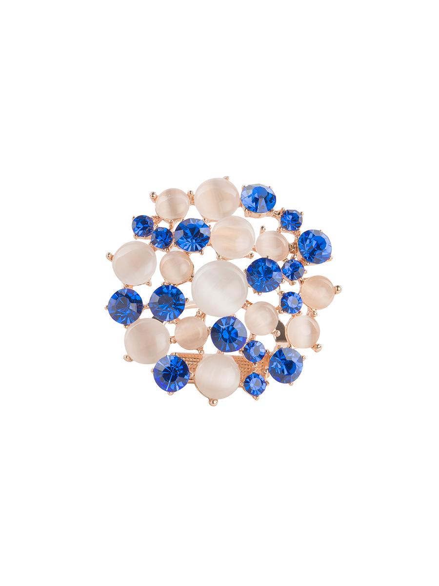 Зажим для платка Charmante, цвет: белый, синий. ZZ037ZZ037Оригинальный зажим для платка Charmante выполнен из металла и декорирован цветными стразами и бусинами. Зажим круглой формы застегивается на клипсу. Стильный зажим для платка придаст вашему образу изюминку и подчеркнет индивидуальность.