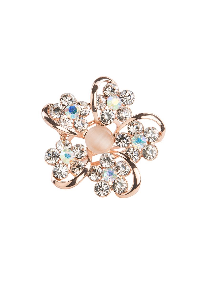 Кольцо для платка Charmante, цвет: золотой, мультиколор. ZK014ZK014Оригинальное кольцо для платка Charmante выполнено из металла. Кольцо декорировано блестящими стразами и жемчужными бусинами. Аксессуар с внутренней стороны дополнен кольцами-держателями. Стильное кольцо придаст вашему образу изюминку и подчеркнет индивидуальность.