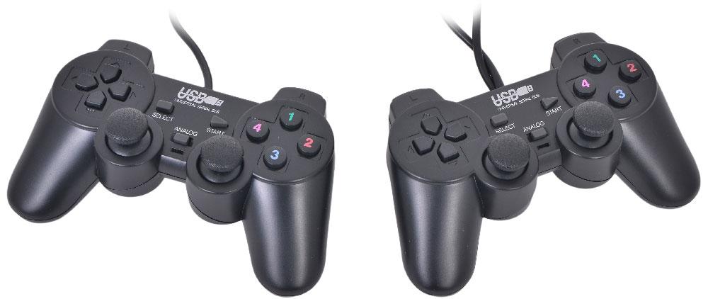 3Cott Double GP-02, Black геймпад1417223Cott GP-02 — это комплект из двух геймпадов интерфейсом USB и 2 аналоговыми джойстиками, совместимых с ПК и PlayStation. Данная модель геймпада имеет эргономичный дизайн — его приятно держать в руке, он не маленький и не слишком большой. Вы сможете выполнять любые маневры, без каких-либо препятствий — все в ваших руках. Ну и конечно же 2 оси! Для достижения реалистичности игрового процесса в этой модели от компании 3Cott реализована функция виброотдачи, позволяющая ощутить каждый толчок, удар или столкновение. Выполнены геймпады из прочного пластика черного цвета. Эргономичные линии устройства и расположение кнопок не дадут пальцам устать даже от самой активной схватки.