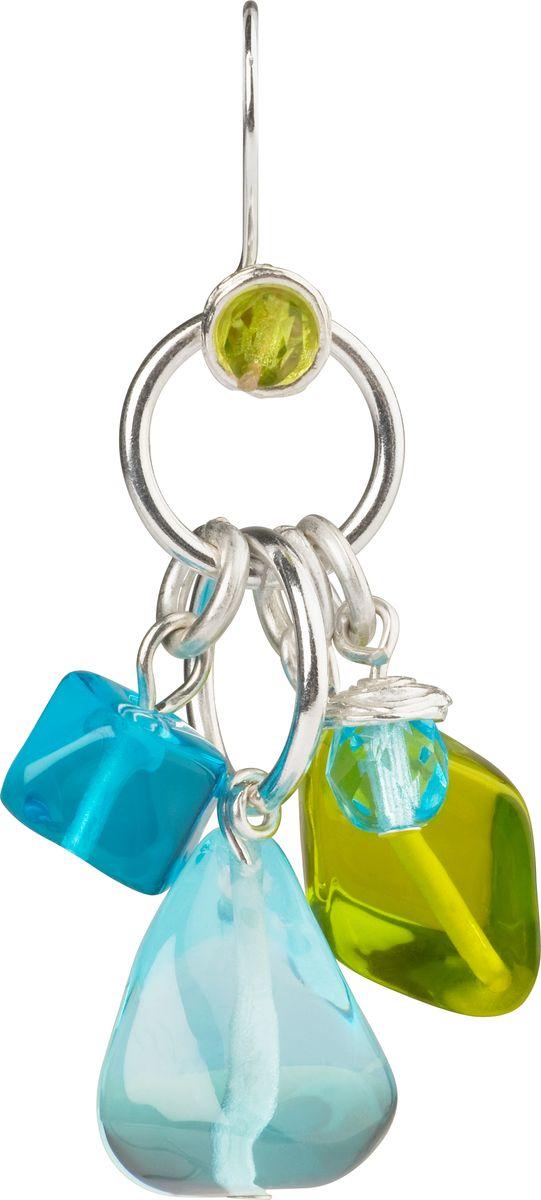 Серьги Lalo Treasures, цвет: голубой. E3461/2E3461/2Оригинальные серьги Lalo Treasures изготовлены из металлического сплава, дополнены декоративными элементами из ювелирной смолы. Изделие застегивается на замок-петля, который надежно зафиксирует серьги. Стильные серьги не оставят равнодушной ни одну любительницу изысканных украшений и помогут создать собственный неповторимый образ.