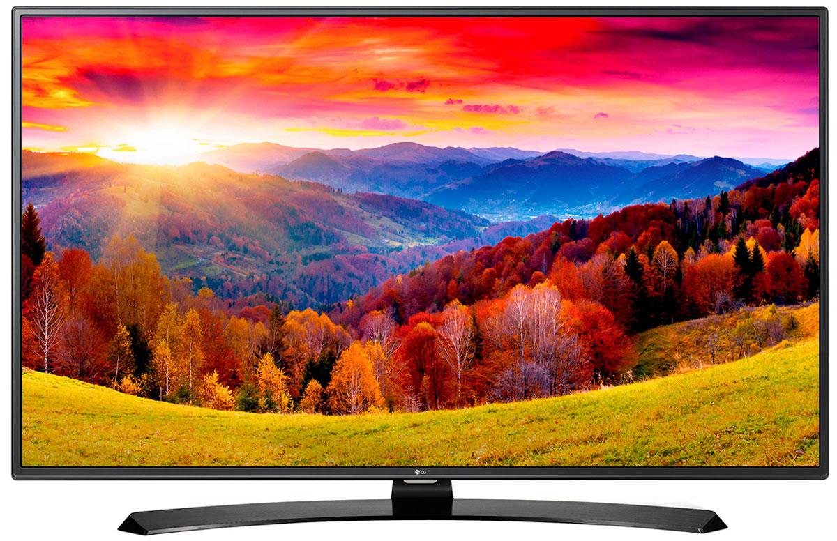 LG 55LH604V телевизор55LH604VОцените обновлённый дизайн корпуса телевизора LG 55LH604V с металлическими элементами. Графический процессор Triple XD отвечает за качество цветопередачи, уровень контрастности и чёткость изображения. Обновлённая операционная система LG SMART TV на базе webOS 3.0 создана для того, чтобы доступ к фильмам, сериалам, музыке и интернет-порталам через телевизор был простым и удобным. Система точной настройки Picture Wizard III позволяет вам быстро отрегулировать глубину чёрного, цветовую гамму, чёткость изображения и уровень яркости. Испытайте эффект объёмного звучания Virtual Surround Plus с алгоритмом кинотеатрального распределения звуковой волны. Автоматическая система подавления шумов и усиления звучания голоса Clear Voice III направлена на отделение основных звуков от фона, что помогает чётко слышать речь актёров и телеведущих.