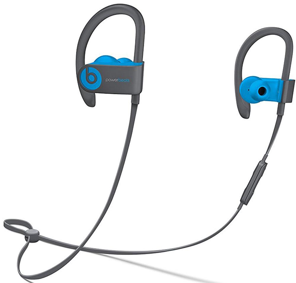 Beats Powerbeats 3 Wireless, Flash Blue наушникиMNLX2ZE/AБеспроводные наушники Powerbeats 3 Wireless работают до 12 часов от аккумулятора — они готовы к любым нагрузкам. С ними вы заряжены на длительные интенсивные тренировки. Их мощный звук даст вам силы и энергию двигаться только вперед. Apple и Beats переворачивают наше представление о музыке с новой технологией Apple W1. Оснащенные встроенным чипом W1 наушники Powerbeats 3 легко подключаются к любому устройству Apple, дольше работают без аккумулятора и заряжаются всего за 5 минут благодаря технологии Fast Fuel. С функцией Fast Fuel вы сможете тренироваться ещё дольше и тратить меньше времени на зарядку. 5-минутной подзарядки будет достаточно для того, чтобы тренироваться под музыку ещё целый час. Тренируйтесь с максимальной отдачей в любую погоду — эти наушники с защитой от влаги и пота зарядят вас энергией для новых достижений. Прокачайте свой плейлист. Система с двумя акустическими головками создает широкий диапазон звука с ...