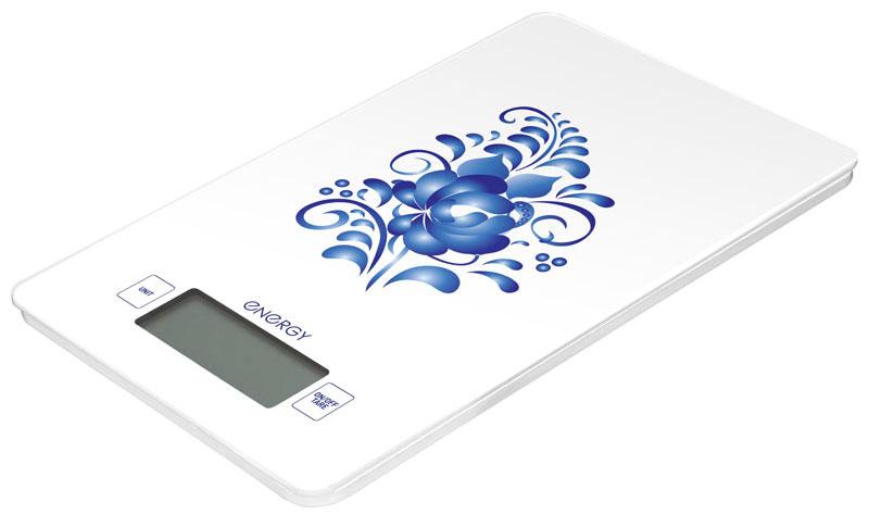 Energy EN-423 Гжель кухонные весы54 159257Кухонные электронные весы Energy EN-423 - незаменимый помощник современной хозяйки. Они помогут точно взвесить любые продукты и ингредиенты. Кроме того, позволят людям, соблюдающим диету, контролировать количество съедаемой пищи и размеры порций. Предназначены для взвешивания продуктов с точностью измерения 1 грамм. Размер платформы: 13,3 см х 20,8 см Размер дисплея: 5,8 см х 2,2 см