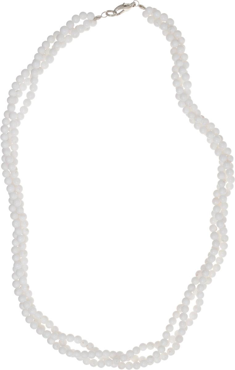 Бусы Револю Лиана, цвет: белый. НКХ-58(4)-48-1НКХ-58(4)-48-1Снежный кахолонг - любимец красавиц всего Востока! Он считается одним из счастливых талисманов, но в нём есть и ещё одно свойство - он изумительно смотрится в ювелирных украшениях! Светлый и романтичный, прекрасный кахолонг наполняет образ свежестью и очарованием сияющей юности!