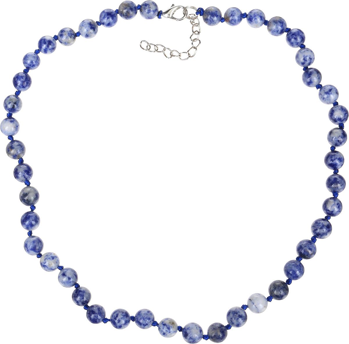 Бусы Револю Классика № 8, цвет: синий. НСД-1(8)-44-1НСД-1(8)-44-1Синий содалит - это камень очаровательный и эффектный. Он имеет цвет тёплого южного моря. Завораживающий цвет содалита особенно понравится обладательницам синих глаз - ведь с этим великолепным украшением, в котором сияет синий содалит, ваши прекрасные очи засияют, словно звёзды!