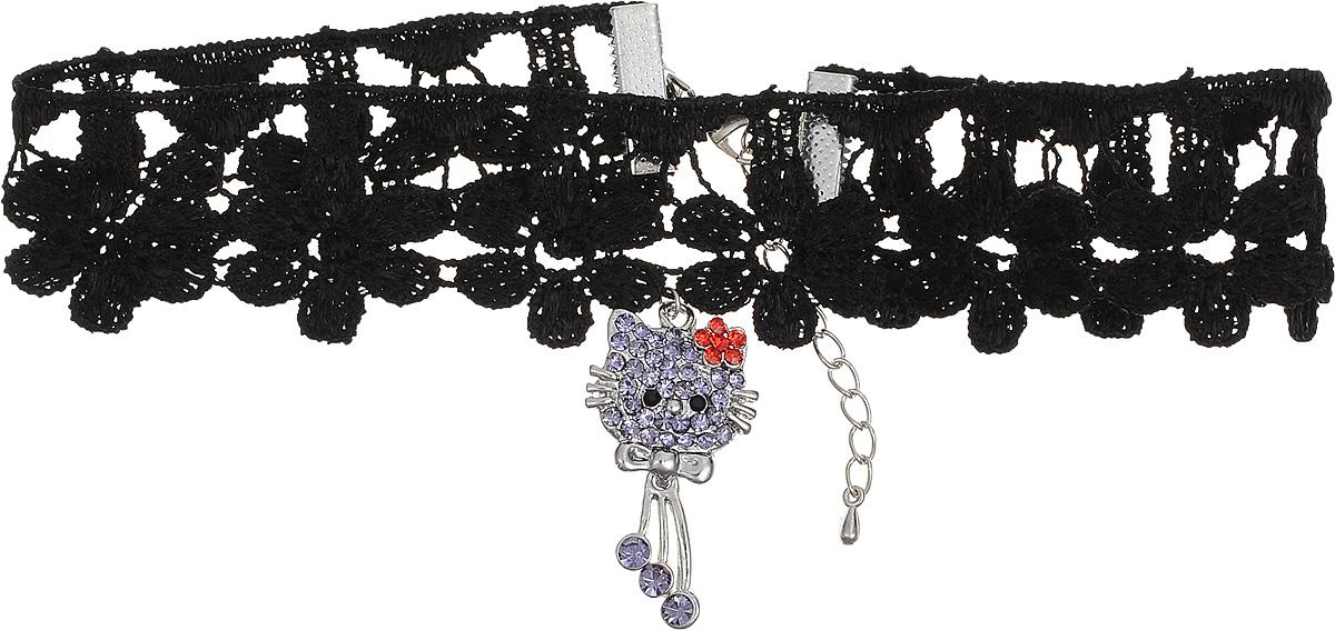Чокер Револю Мулен Руж, цвет: черный. П8256П8256Чокер Револю Мулен Руж выполнен из кружевного текстиля с удлиняющей цепочкой с замочком- карабином. Чокер оформлен подвеской из металла с вкраплениями из хрустальных страз, выполненной в форме кошечки.