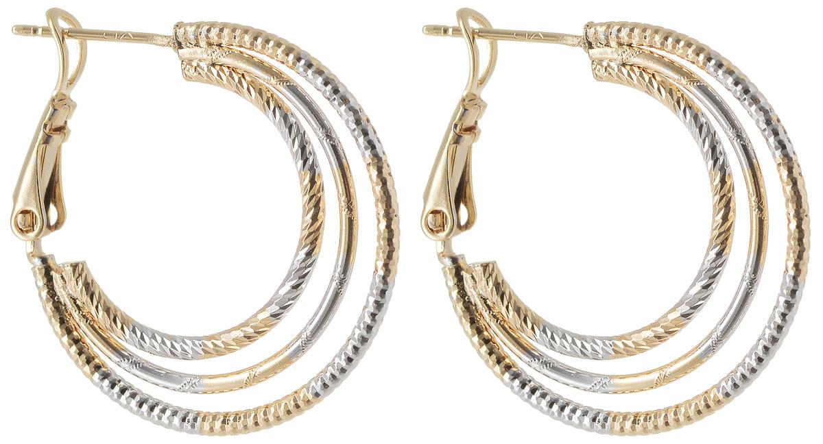 Серьги Taya, цвет: золотистый. T-B-11987T-B-11987-EARR-GOLDМодные позолоченные серьги с английской застежкой омега оформлены элегантной алмазной гравировкой. Выполнены из соединения трех разных по размеру колец.