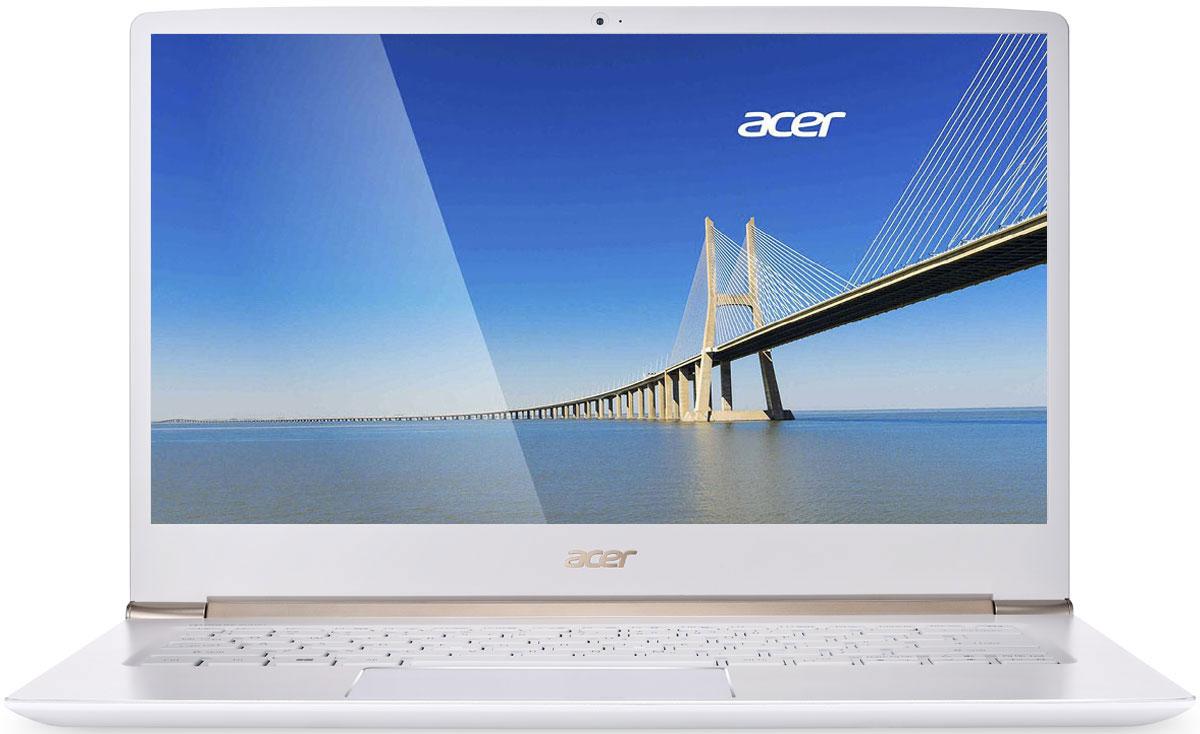 Acer Swift 5 SF514-51-59UZ, WhiteSF514-51-59UZAcer Swift 5 - портативный ноутбук с толщиной корпуса 14,6 мм и весом 1,36 кг. Забудьте о розетках на весь день. До 13 часов автономной работы позволят всегда быть в курсе событий и не пропустить ничего важного. Потоковые трансляции без задержек и скорость загрузки до пяти раз быстрее в сравнении стали доступны с решениями на базе технологии 802.11n. Четкое изображение. Дисплей IPS с разрешением Full HD и диагональю 14 обеспечивает кристально четкое и яркое изображение. Звук с эффектом погружения. Dolby Audio Premium и Acer TrueHarmony обеспечивают объемный кристально чистый звук с эффектом погружения. Точные характеристики зависят от модели. Ноутбук сертифицирован EAC и имеет русифицированную клавиатуру и Руководство пользователя.