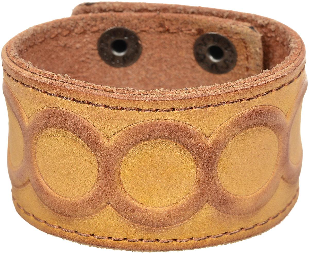 Браслет дизайнерский YusliQ Terra, цвет: светло-коричневый. Авторская работа. OBP3031-2-оOBP3031-2-оОригинальный дизайнерский браслет YusliQ Terra из серии Кэжуал, выполнен из натуральной кожи. Браслет застегивается на два ряда металлических кнопок. Такой браслет - блестящее завершение вашего неповторимого и смелого образа и отличный подарок для ценителей необычных украшений!