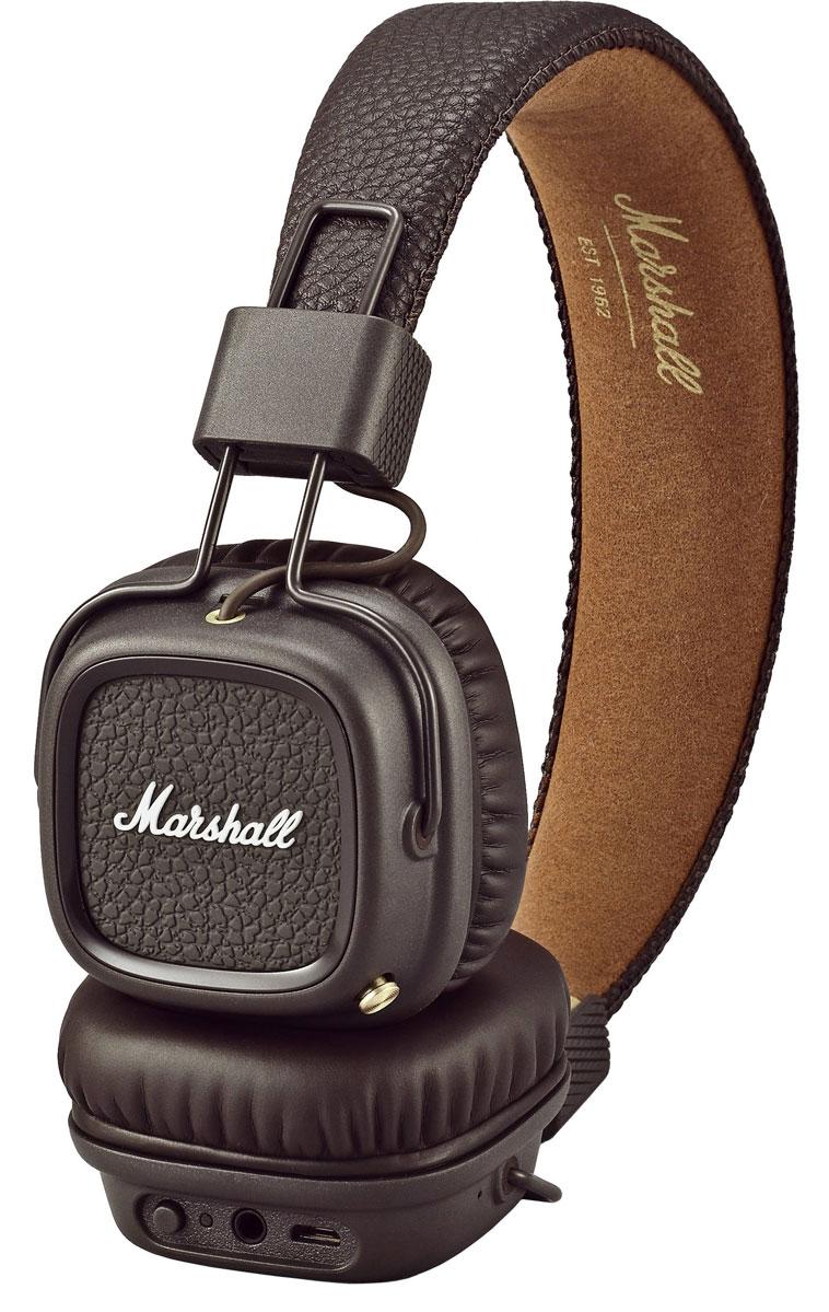 Marshall Major II Bluetooth, Brown наушники15118971Накладные наушники с поддержкой беспроводной передачи аудиосигнала по стандарту Bluetooth aptX Непрерывная работа в беспроводном режиме в течение более 30 часов Съёмный двусторонний кабель 3,5 мм для альтернативного проводного подключения Возможность поделиться музыкой через разъём 3,5 мм при беспроводном подключении Глубокие басы, чёткие высокие частоты, низкий уровень искажений Разъём 3,5 мм на каждой чаше для подключения динамиков или других наушников Складная конструкция Микрофон и пульт управления на кабеле Кнопка управления воспроизведением и звонками на чашке наушников