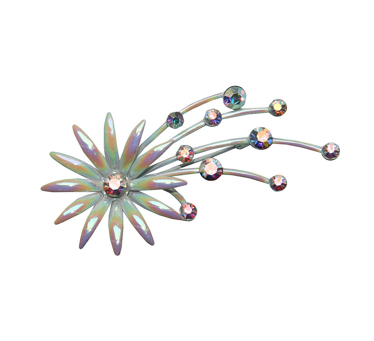 Винтажная брошь Волшебный цветок. Металл, эмаль перламутрового цвета, кристаллы с эффектом Аврора Бореалис. США, 1960-е годыНПО 040417-08Винтажная брошь Волшебный цветок. Металл, эмаль перламутрового цвета, кристаллы с эффектом Аврора Бореалис. США, 1960-е годы. Размер броши 4 х 8 см. Сохранность отличная.