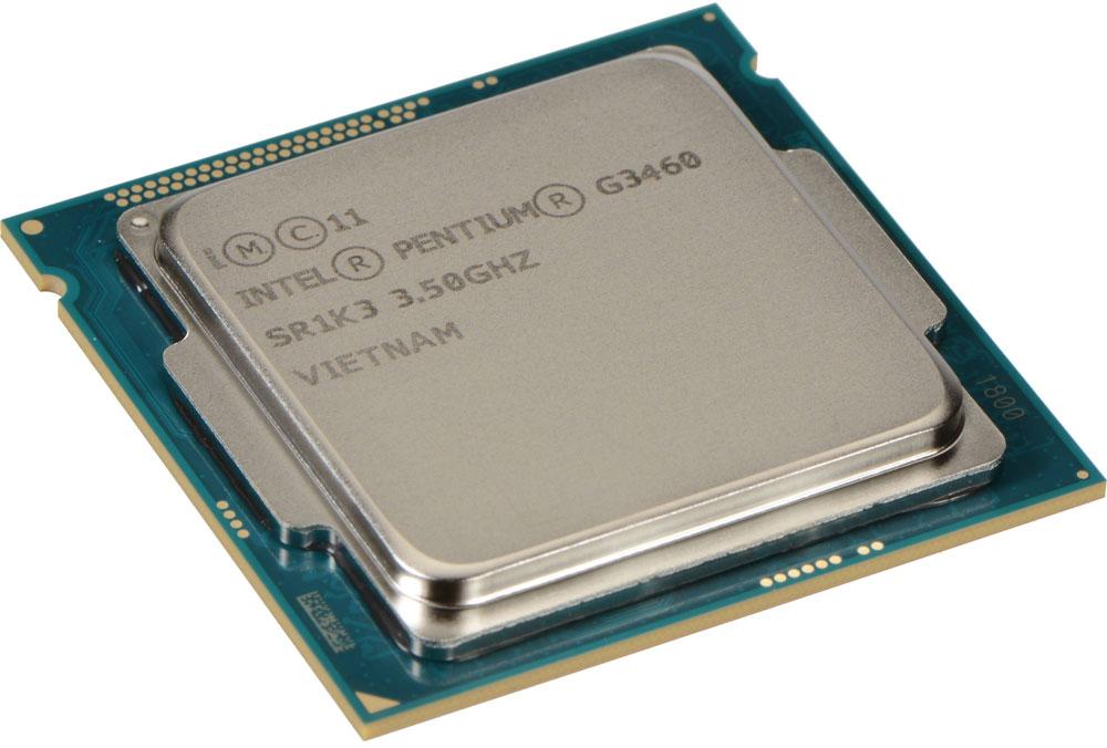 Intel Pentium G3460 процессор947529Pentium G3460 - процессор для настольных персональных компьютеров, основанных на платформе Intel. В основе лежит архитектура Haswell, что позволяет оптимизировать работу двух ядер, функционирующих на частоте 3500 МГц. Дополнительное быстродействие обеспечивается кэш-памятью третьего уровня объемом 3072 КБ. Обработка изображения перед демонстрацией его на мониторе ПК осуществляется графическим процессором Intel HD Graphics. Для двусторонней передачи данных между Pentium G3460 и оперативной памятью компьютера предусмотрен встроенный контроллер, поддерживающий модули размером до 32 ГБ. Также в данной модели установлены контроллер PCI-E 3.0 и системная шина DMI 2.0, которые используются для связи с другими элементами ПК.