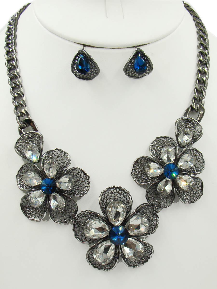 Комплект украшений Taya: колье, серьги, цвет: серебристый, темно синий. T-B-10379