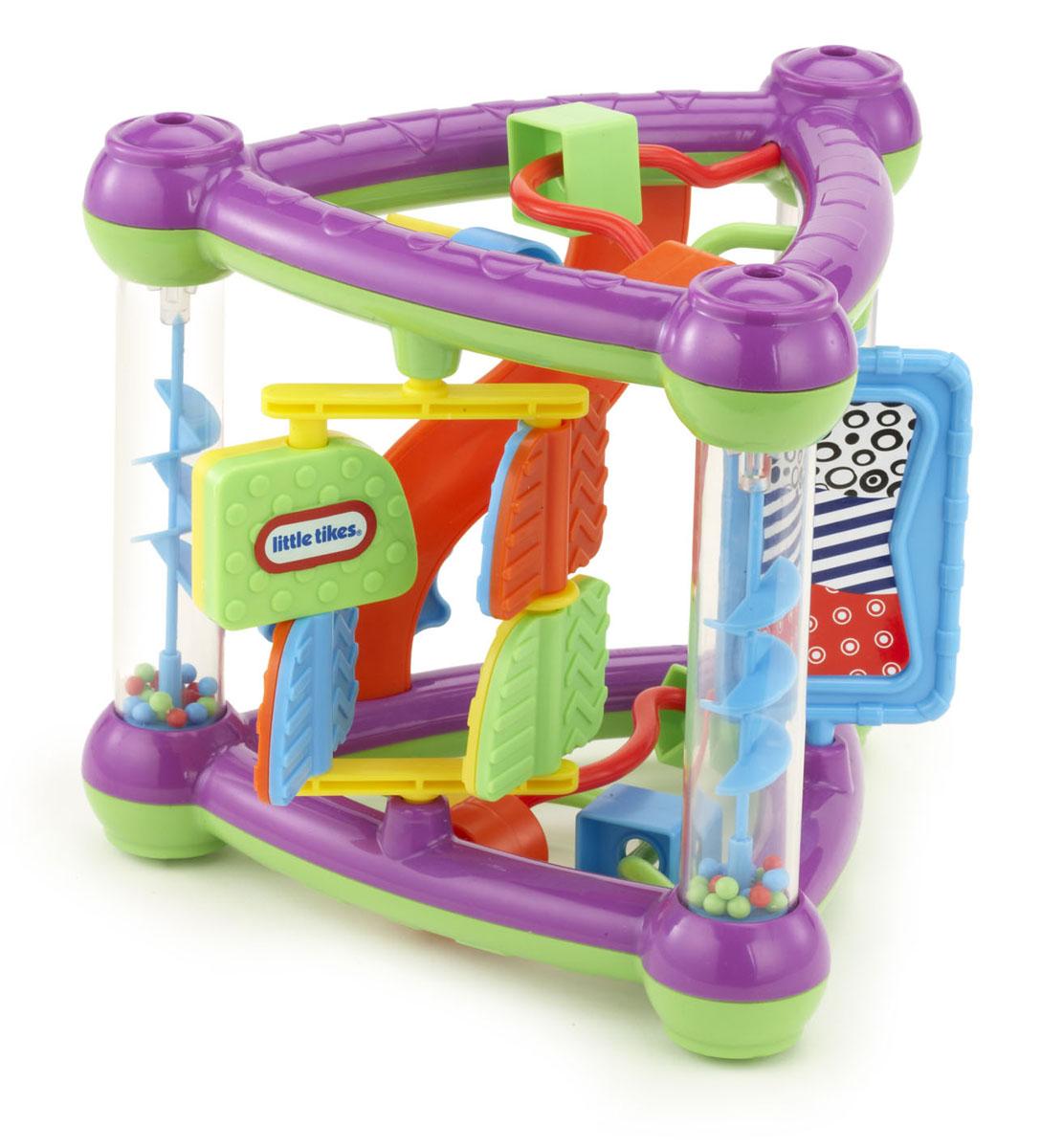 Развивающая игрушка Little Tikes Треугольник635052Яркая развивающая игрушка Little Tikes Треугольник привлечет внимание вашего ребенка и подарит ему массу положительных эмоций! Она выполнена из прочного пластика насыщенных цветов и содержит множество элементов. По углам игрушки расположены прозрачные столбики. Внутри них находятся спиральки и мелкие разноцветные шарики. Если треугольник перевернуть, то шарики задорно гремя посыплются вниз, приводя в движение спиральки. На одной стороне игрушки расположена вращающаяся рамка с четырьмя двухцветными вертушками. Малышу понравится крутить вертушки отдельно или всю рамку. Поверхность вертушек рельефная, что поспособствует развитию тактильных ощущений и мелкой моторики пальчиков малыша. На другой стороне по дорожке вверх-вниз передвигается шестеренка. На третьей стороне находится вращающийся прямоугольник. На одной из его сторон расположено безопасное зеркальце. На двух других сторонах находятся дуги с нанизанными на них элементами в виде геометрических фигур. Малыш с...