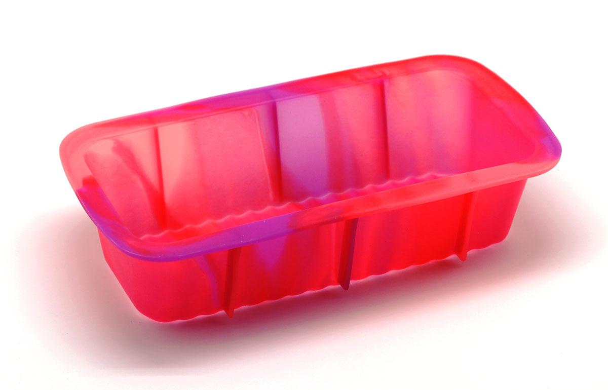 Форма для выпечки Каравай, цвет: розовый94672Силиконовая форма для выпечки имеет много преимуществ по сравнению страдиционной металлической и алюминиевой посудой. Она идеально подходитдля использования в микроволновых, газовых и электрических печах притемпературах до +230°С. Благодаря гибкости и антипригарным свойствамизделия, ваша выпечка никогда не потеряет свой внешний вид. Форма займет навашей кухне минимум места, ее можно свернуть и убрать в шкаф, а при очередномиспользовании она примет первоначальный вид. Силикон не вступает ни в какоехимическое воздействие с окружающими материалами. Следовательно, ваша пищаникогда не будет содержать посторонних примесей и неприятных запахов.