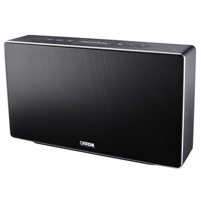 Canton Musicbox S, Black портативная акустическая системаAV32.1Canton Musicbox S - портативная акустическая система с насыщенными, живыми басами.Благодаря специальному процессору и оптимизированным параметрам излучателей система обеспечиваеточень живой и натуральный звук, который прекрасно подходит для прослушивания музыки. При этом CantonMusicbox S отлично отыгрывает как lossless, так и MP3 файлы, что делает ее отличным выбором для тех, кто хранитна своих портативных устройствах самые обширные музыкальные коллекции.Данная модель оснащена приемником Bluetooth 4-го поколения, поддерживающего протоколы связи EDR, A2DP, HFPи HSP, а также технологию упрощенного соединения с мобильными устройствами NFC. Последняя позволяетосуществить стыковку с совместимыми гаджетами буквально одним движением руки: достаточно поднестисмартфон или планшетный ПК к специальной площадке на корпусе, и через пару секунд связь будет установлена.Система оснащена также и традиционным линейным стереовходом для любых источников аудиосигнала. Корпус колонки имеет изготовлен из прорезиненного пластика, что обеспечивает хорошую защиту от внешнихпогодных воздействий и улучшает демпфирование стенок, снижая нежелательные резонансы. Лицевая панельоснащена жестким защитным грилем с логотипом компании.Частота кроссовера: 3300 Гц
