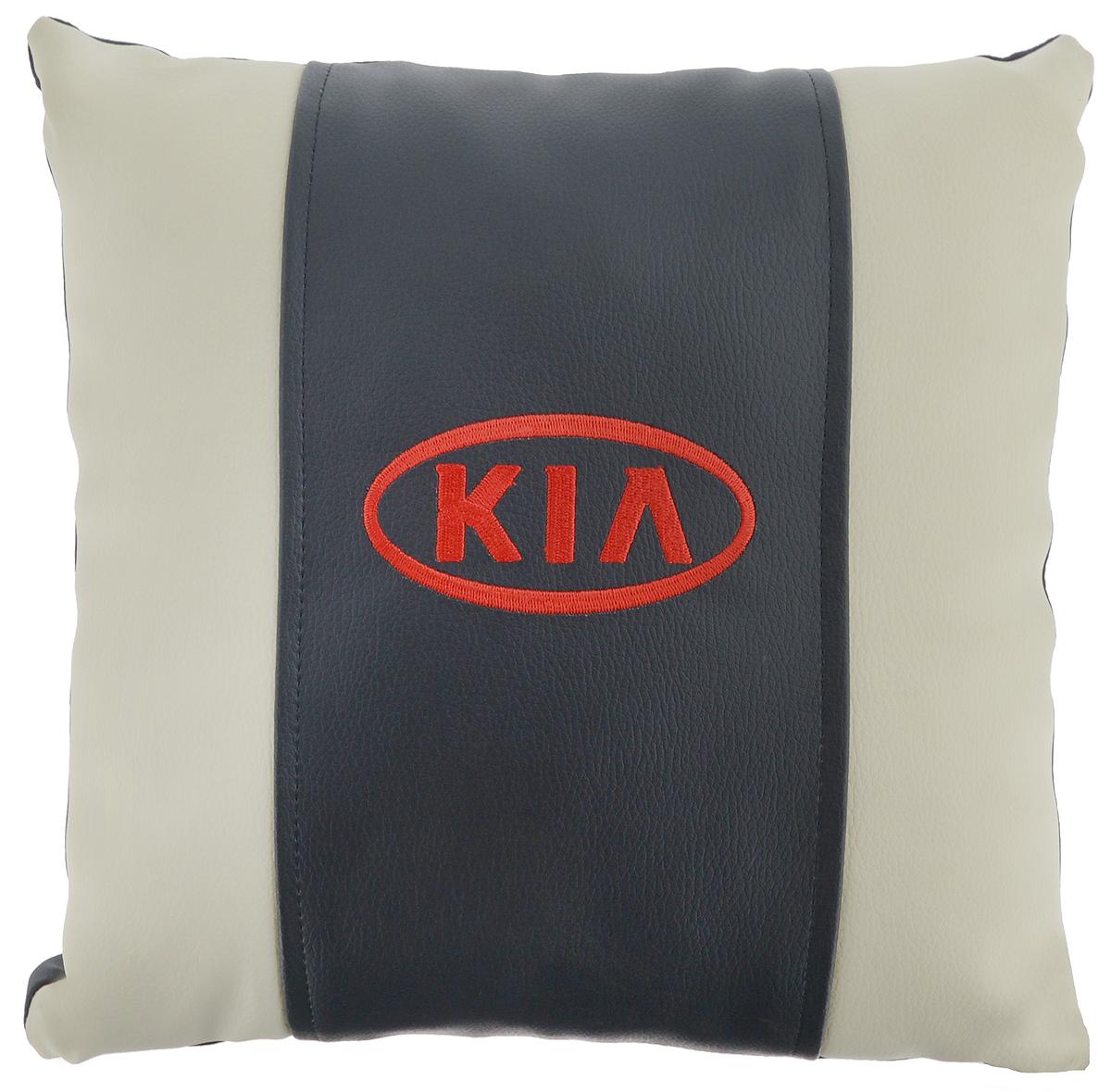 Подушка на сиденье Autoparts Kia, цвет: молочный, темно-серый, 30 х 30 см531-401Подушка на сиденье Autoparts Kia создана для тех, кто весьсвой день вынужден проводить за рулем. Чехол выполнен из высококачественной дышащей экокожи. Задняя часть темно-серого цвета. Наполнителем служит холлофайбер. На задней части подушки имеется змейка. Особенности подушки: - Хорошо проветривается. - Предупреждает потение. - Поддерживает комфортную температуру. - Обминается по форме тела. - Улучшает кровообращение. - Исключает затечные явления. - Предупреждает развитие заболеваний, связанных с сидячим образом жизни. Подушка также будет полезна и дома - при работе за компьютером, школьникам - при выполнении домашних работ, да и в любимом кресле перед телевизором.