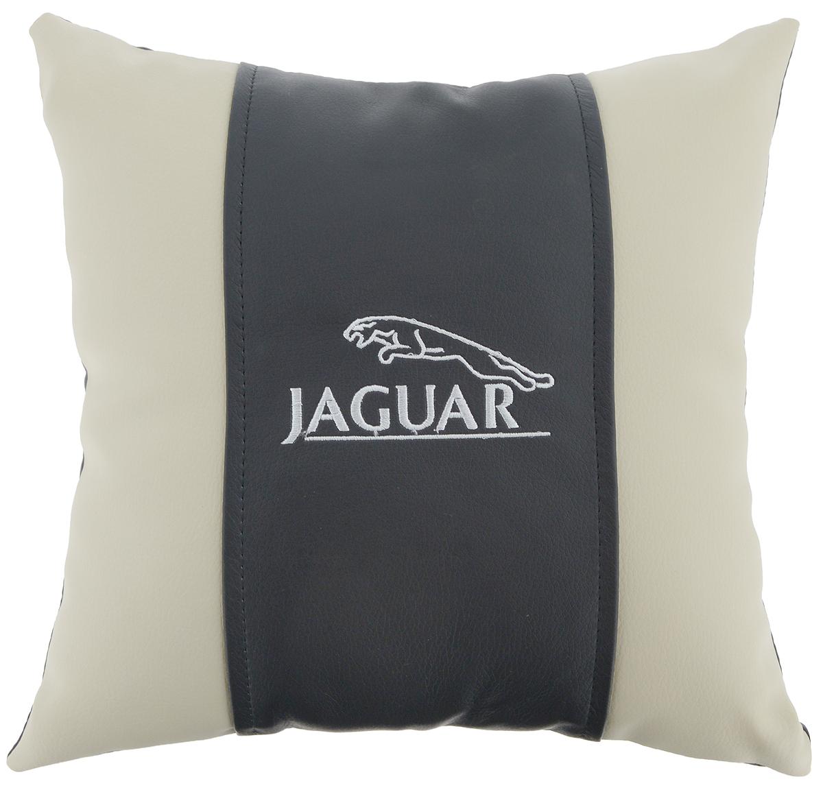 Подушка на сиденье Autoparts Jaguar, 30 х 30 см106-026Подушка на сиденье Autoparts Jaguar создана для тех, кто весьсвой день вынужден проводить за рулем. Чехол выполнен из высококачественной дышащей экокожи. Наполнителем служит холлофайбер. На задней части подушки имеется змейка. Особенности подушки: - Хорошо проветривается. - Предупреждает потение. - Поддерживает комфортную температуру. - Обминается по форме тела. - Улучшает кровообращение. - Исключает затечные явления. - Предупреждает развитие заболеваний, связанных с сидячим образом жизни. Подушка также будет полезна и дома - при работе за компьютером, школьникам - при выполнении домашних работ, да и в любимом кресле перед телевизором.