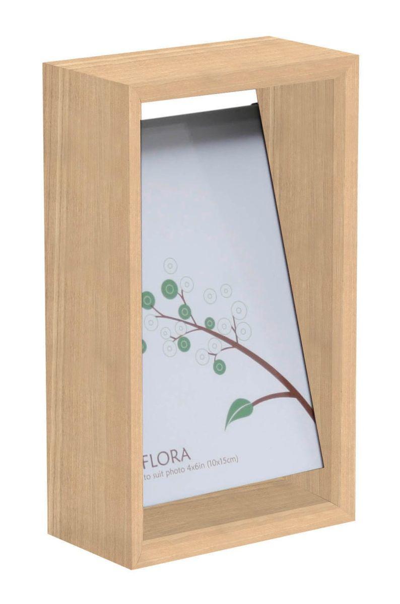 Набор фоторамок HomeMaster, цвет: светло-серый, 20 х 11 х 6 см, 6 штUP210DFНабор из 6 одинаковых деревянных настольных рамок для фотографий со стеклом. Фоторамки произведены по новейшей технологии Thin Gluing. Тончайшее полимерное покрытие обеспечивает многолетнюю службу изделия. Для фото 10X15CM.