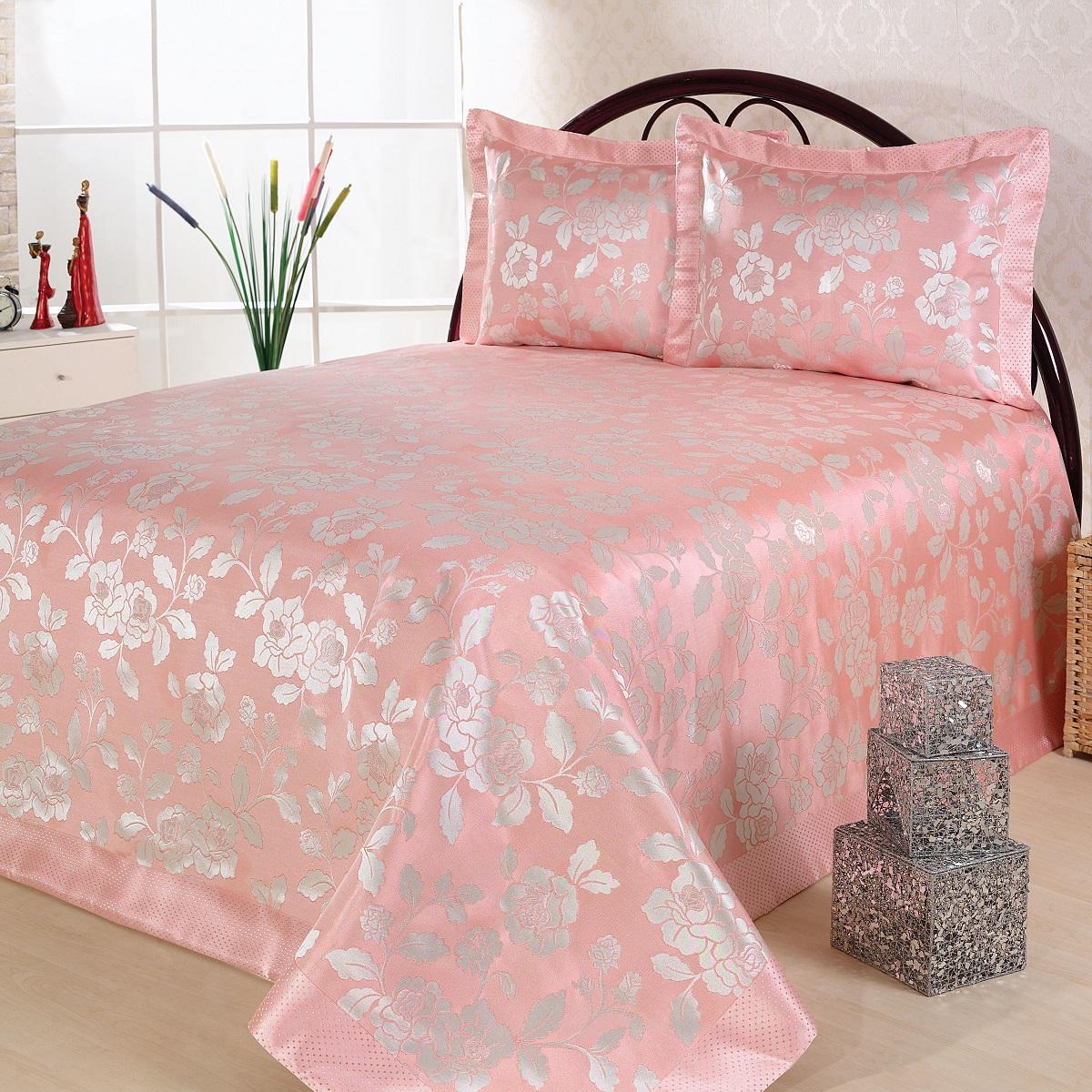 Комплект для спальни Nazsu Gul: покрывало 240 х 260 см, 2 наволочки 50 х 70 см, цвет: светло-розовый, белый531-401Изысканный комплект для спальни Nazsu Gulсостоит из покрывала и двух наволочек. Изделиявыполнены из высококачественного полиэстера (50%) ихлопка (50%), легкие, прочные и износостойкие. Тканьблестящая, что придает ей больше роскоши.Комплект Nazsu - это отличный способ придатьспальне уют и комфорт, а также позволит по-королевскиукраситьинтерьер.Размер покрывала: 240 х 260 см. Размер наволочки: 50 х 70 см.