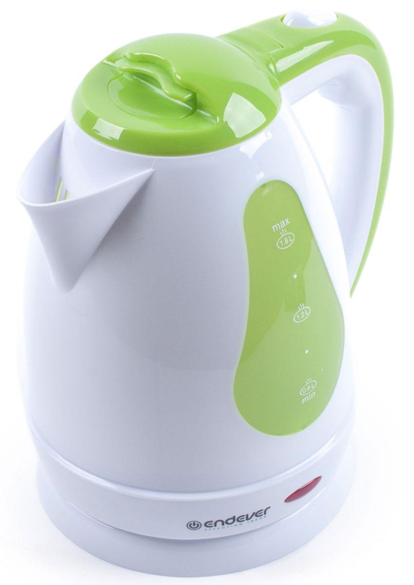 Endever Skyline KR-350 чайник электрический5KEK1222EOBДисковый нагревательный элемент чайника Endever Skyline KR-350 обеспечивает надежность и долговечность.Эргономичная ненагревающаяся ручка оптимальна для безопасного разлива, а индикатор уровня воды позволяетконтролировать количество воды в чайнике. Беспроводное соединение позволяет вращать чайник на подставкена 360°.