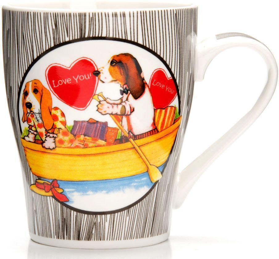 Кружка Loraine Собака, 340 мл, подарочная упаковка. 26562-3VT-1520(SR)Кружка Loraine, выполненная из костяного фарфора и украшенная ярким рисунком, станет красивым и полезным подарком для ваших родных и близких. Дизайн изделия придется по вкусу и ценителям классики, и тем, кто предпочитает утонченность и изысканность. Кружка Loraine настроит на позитивный лад и подарит хорошее настроение с самого утра. Изделие пригодно для использования в микроволновой печи и холодильника. Подходит для мытья в посудомоечной машине.
