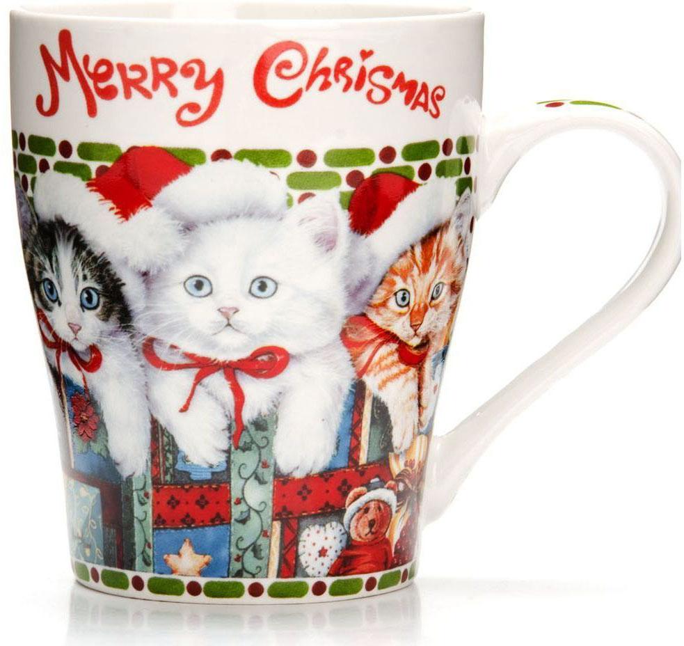 Кружка Loraine Christmas, 340 мл, подарочная упаковка. 26563-1115610Кружка Loraine, выполненная из костяного фарфора и украшенная ярким рисунком, станет красивым и полезным подарком для ваших родных и близких. Дизайн изделия придется по вкусу и ценителям классики, и тем, кто предпочитает утонченность и изысканность. Кружка Loraine настроит на позитивный лад и подарит хорошее настроение с самого утра. Изделие пригодно для использования в микроволновой печи и холодильника. Подходит для мытья в посудомоечной машине.
