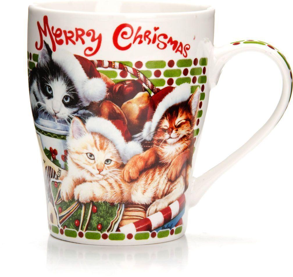 Кружка Loraine Christmas, 340 мл, подарочная упаковка. 26563115610Кружка Loraine, выполненная из костяного фарфора и украшенная ярким рисунком, станет красивым и полезным подарком для ваших родных и близких. Дизайн изделия придется по вкусу и ценителям классики, и тем, кто предпочитает утонченность и изысканность. Кружка Loraine настроит на позитивный лад и подарит хорошее настроение с самого утра. Изделие пригодно для использования в микроволновой печи и холодильника. Подходит для мытья в посудомоечной машине.