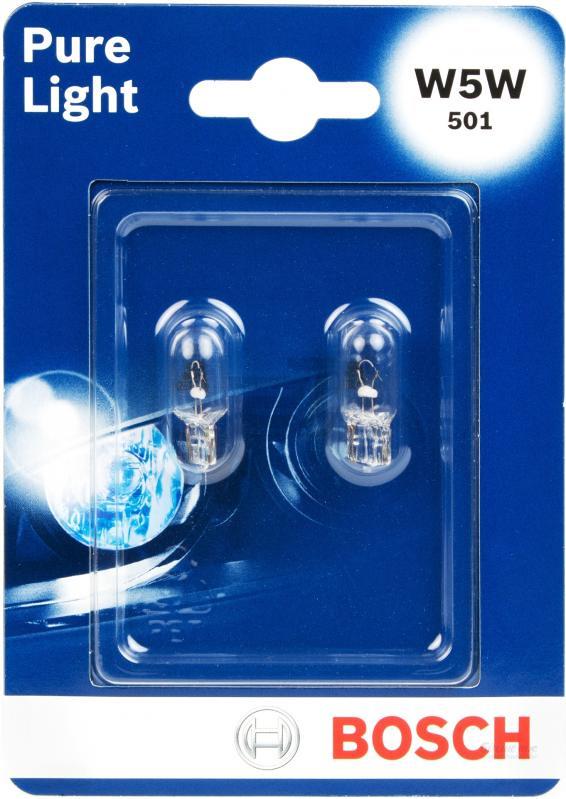 Лампа Bosch W5W 5Вт 2шт. 198730102610503Новые лампы Bosch выглядят наиболее эффектно в сочетании с фарами из прозрачного стекла и подчеркивают современный дизайн автомобилей. Основным предназначением габаритных огней является обозначение транспортного средства во время стоянки в темное время сутокили в сложных погодных условиях, таких как ливень или густой туман, при этом лучше заметен сам автомобиль с фарами Bosch. Напряжение: 12 вольт