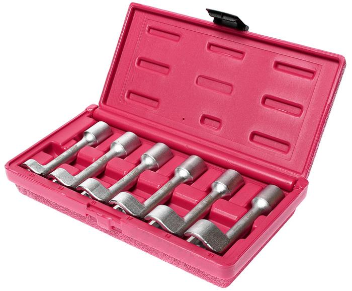 JTC Набор ключей разрезных L-образных, 6 шт. JTC-47572706 (ПО)Предназначен для фиксации или снятия шкивов с двумя отверстиями.Съемные штифты и центральная регулировочная гайка подходят для любого размера.Может использоваться в ограниченном пространстве.Ключи разрезные 12-гранные, размеры: 12, 14, 16, 17, 18, 19 мм.Общая длина: 250 мм.Рабочий диапазон: минимум 19 мм.Общее количество предметов: 6.Упаковка: прочный переносной кейс.Количество в оптовой упаковке: 12 шт.Габаритные размеры: 255/136/50 мм. (Д/Ш/В)Вес: 1200 гр.