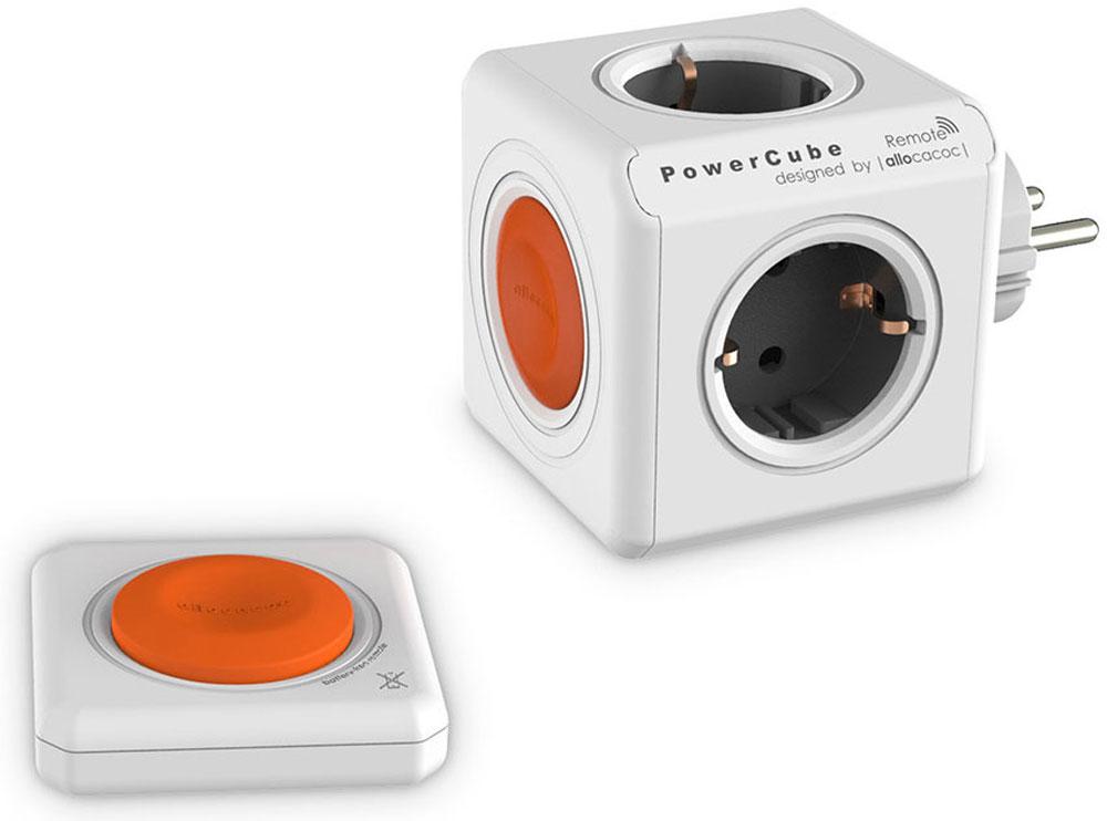 Allocacoc PowerCube Original Remote Set, White сетевой разветвитель и кнопка05583PowerCube Original Remote Set - это отличное решение для гостиной, рабочего стола или спальни. Данный набор содержит сетевой разветвитель PowerCube Remote, на котором размещена большая оранжевая кнопка включения и выключения прибора, а также отдельную кнопку PowerRemote, которая может удаленно включать и выключать сетевой разветвитель.PowerCube Remote - это идеальная источник питания с дистанционным управлением, позволяющий включать и выключать такие устройства как стерео система, телевизор или светильники одновременно. Она позволяет включать и выключать любую модель PowerCube Remote удаленно одним нажатием руки или ноги.Кнопка оборудована многоразовыми липучками Sticky-Pad, которые позволяют удобно закрепить ее на любой плоской поверхности. Кроме того, концепция и конструкция позволяет PowerRemote работать в паре сразу с несколькими PowerCube Remote, а если решите обзавестись несколькими кнопками, то вам откроются огромные возможности по управлению вашими умными удлинителями и тройниками.Диапазон действия пульта ДУ: 25 м