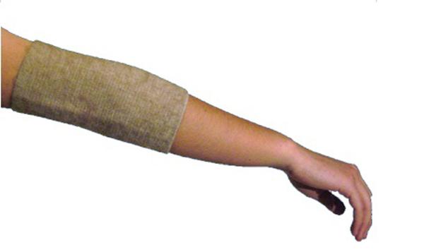 Almed Повязка мед.эласт.согревающая на локоть (налокотник) с шерстью мериноса №2П.278 50х35В данном бандаже использована шерсть мериноса — это тонкорунная шерсть (толщина менее 24 мк), состриженная с холки овец, выращенных в питомниках Австралии и Новой Зеландии. Шерсть мериноса, безупречна по структуре, длинна и бела, обладает великолепными термостатическими свойствами. Благодаря естественному завитку, она особо упругая. Бандажи носятся на хлопчатобумажную сторону и на шерстяную непосредственно, о на тело, а также на нижнее белье. СОСТАВ: Полушерсть — 35% Хлопок — 52% Латекс — 7 % Полиэфир — 6 % Обхват под локтем; обхват над локтем; ширина бандажаXS 10-14; 20-24; 28S 14-18; 24-28; 28M 18-22; 28-32; 28L 22-26; 32-36; 28XL 26-30; 36-40; 28УПАКОВКА: Полиэтиленовый пакет с еврослотом и клапаном со скотчем. Картонный вкладыш — 1 шт.
