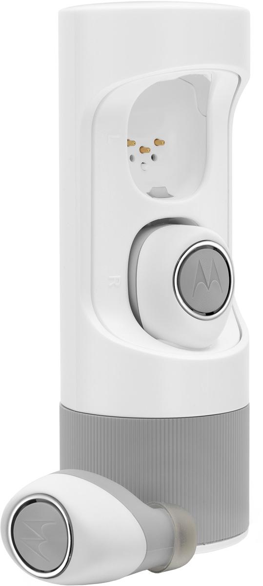 Motorola Verve Ones ME, White bluetooth гарнитура00-00001363Беспроводная стерео гарнитура Bluetooth 4.1 Инновационный стильный дизайн; 3 часа работы от собственных батарей и 4,5 часов работы с дозарядкой от защитного power-case;Встроенный микрофон для звонков; Приложение для iOS и Android; 3 амбушюры для выбора идеальной посадки; Защитный power-case.