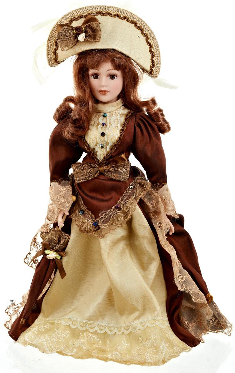 Кукла коллекционная ArtHouse Вера, высота 36,5 смFS-91909Великолепная кукла Вера, выполненная из фарфора, займет достойное место в вашей коллекции.Кукла максимально приближена к живому прототипу - юной леди с румянцем на щеках. Туловище куклы мягконабивное. Наряжена кукла в шикарное платье, выполненное из атласа, кружева и органзы. Для более удобного расположения куклы в интерьере прилагается удобная подставка.