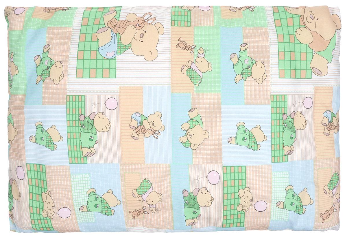 Сонный гномик Подушка детская Мишки цвет зеленый бежевый 60 х 40 см10503Детская подушка Сонный гномик Мишки изготовлена из бязи - 100% хлопка и создана для комфортного сна вашего малыша.Гипоаллергенные ткани - это залог спокойствия, здорового сна малыша и его безопасности. Наполнитель (синтепон 100% ПЭ) позволит коже ребенка дышать, создавая естественную вентиляцию. Мягкий и воздушный, он будет правильно поддерживать головку ребенка во время сна. Ткань наволочки - нежная и одновременно износостойкая - прослужит вам долгие годы.Уход: не гладить, только ручная стирка, нельзя отбеливать, нельзя выжимать и сушить в стиральной машине, химчистка запрещена.