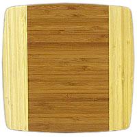 Доска разделочная Amadeus из бамбука 24 х 24 х 1,5 см 28AR-200628AR-2006Квадратная разделочная доска из бамбука обладает рядом преимуществ, которые можно оценить уже при первом использовании. Изготовленная из бамбука, доска отличается долговечностью, большой прочностью и высокой плотностью, легко моется, не впитывает запахи и обладает водоотталкивающими свойствами, при длительном использовании не деформируется. Разделочная доска из бамбука выполнена на высоком уровне, она удовлетворит все запросы самой требовательной хозяйки! Рекомендации: очищать сразу после использования; просушивать после мытья; не использовать при высокой температуре. Характеристики: Страна: Германия. Материал: бамбук. Размер: 24 см х 24 см х 1,5 см. Артикул: 28AR-2006.