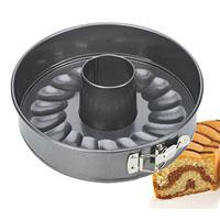 Форма для торта и кекса Tescoma раскладная, диаметр 20 см. 623282623282Форма для выпечки Tescoma будет отличным выбором для всех любителей тортов и кексов. Особое высокотехнологичное антипригарное покрытие препятствует пригоранию и обеспечивает легкую очистку после использования. Форма легко разбирается и собирается при помощи специального зажима. Из этого набора вы можете собрать форму как для приготовления кекса, так и для приготовления торта (в комплект входит дно без отверстия). С такой формой Вы всегда сможете порадовать своих близких оригинальной выпечкой. Характеристики: Материал: металл с антипригарным покрытием. Диаметр: 20 см. Высота стенки: 6 см. Производитель: Чехия. Артикул: 623282.