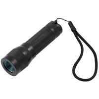 Фонарь LED Lenser L7.KOCAP2008L-LEDФонарь LED Lenser L7 профессиональной серии предназначен для освещения предметов. Он чрезвычайно высокопроизводителен, удобен, компактен и крепок. Корпус фонаря выполнен из прочного алюминиевого сплава, покрытого поликарбонатом, имеет высокую степень пылебрызгозащиты, не восприимчив к транспортной вибрации и может использоваться на природе, как источник света. Фонарь имеет позолоченные контакты, благодаря чему они не окислятся даже в морском соляном тумане при высоких температурах. Также фонарь оснащен системой AFS (изменяемая фокусировка одним движением руки), благодаря которой вы сможете освещать предметы, как на большом расстоянии, так и вблизи, мгновенно переключая режимы. Светодиоды имеют ресурс более 100 000 часов непрерывной работы. Они устойчивы к ударам и не перегорают, как лампы накаливания. К фонарю прилагается удобный шнурок для ношения на руке и 3 батарейки типа ААА. Производителем фонарей LED Lenser является концерн Zweibruder Optoelectronics GmbH (Цвайбрюдер Оптоэлектроникс), Germany. Концерн включает в себя: инженерно-конструкторское бюро, где проводятся разработки и испытания фонарей,производственную базу, силами которой осуществляется изготовление. Производство имеет международный сертификат ISO 9001:2000, подтверждающий стабильный уровень качества выпускаемой продукции. В фонарях LED Lenserвпервые применена революционная оптическая схема, состоящая из источника света - светодиода, рефлектора и двух линз. И все элементы схемы идеально отцентрированы. Применение данной схемы позволяет собрать 100% света, излучаемого светодиодом, и направить его в нужном направлении, без потерь ровным направленным лучом - это эффект театрального прожектора. Он достигается благодаря равной интенсивности света в каждой точке освещаемого круга. Гарантийный срок5 лет. Возврат товара возможен только через сервисный центр.Время работысервисного центра: Пн-чт: 10.00-18.00Пт:10.00- 17.00Сб, Вс: выходные дниАдрес:129223, Россия, Москва, пр-к