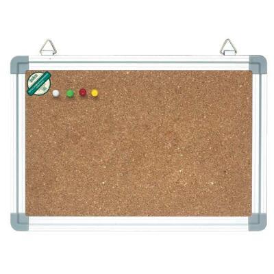 Доска информационная Index, пробковая в алюминиевой раме, 45 см x 60 смIWB-402Информационная доска в серебристой алюминиевой раме с рабочей поверхностью из натуральной пробки, отлично удерживающей бумагу с клейким слоем. Информацию можно крепить к доске при помощи силовых кнопок, гвоздиков, флажков (не входят в комплект). Пробковая поверхность легко восстанавливается после удаления кнопки, поэтому такие доски практичны и долговечны. Для подвеса на стену на верхней части рамы предусмотрены металлические петли. В комплект входит полочка для маркеров. Характеристики: Материал: алюминий, пробка. Размер доски: 45 см x 60 см. Размер упаковки: 70,5 см x 46 см x 2,5 см. Изготовитель: Китай.