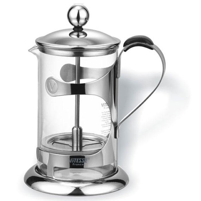 Френч-пресс Vitesse Pamela VS-1802VS-1802Кофеварка Vitesse Pamela с фильтром френч-пресс изготовлена из высококачественной нержавеющей стали, а колба из термостойкого стекла. Предназначен для заваривания чая и кофе. Встроенный в крышку пресс-фильтр позволит приготовить за 3-5 минут несколько чашек чая или кофе. Конструкция носика антикапля удобна для разливания напитков в чашки. В комплект входит мерная ложечка. Уникальный дизайн полностью соответствует последним модным тенденциям в создании предметов бытовой техники. Настоящим ценителям натурального кофе широко известны основные и наиболее часто применяемые способы его приготовления: эспрессо, по-турецки, гейзерный. Однако существует принципиально иной способ, известный как french press, благодаря которому приготовление ароматного напитка стало гораздо проще. Метод french press прост: в теплый кофейник насыпают кофе грубого помола и заливают горячей водой. После того, как напиток настоится 3-5 минут, гущу отделяют поршнем с сеткой - и кофе готов!...