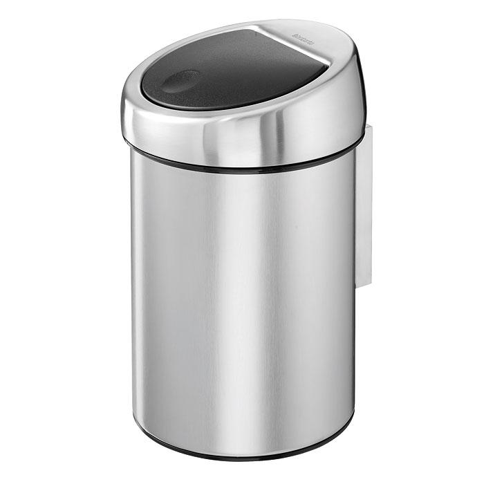 Ведро для мусора Brabantia Touch Bin, 3 л. 378645378645Ведро для мусора Brabantia Touch Bin, выполненное из антикоррозийной матовой стали с защитой от отпечатков пальцев, обеспечит долгий срок службы и легкую чистку. Ведро поможет вам держать мелкий мусор в порядке и предотвратит распространение неприятного запаха. Съемная крышка, выполненная из нержавеющей стали и пластика, открывается и закрывается нажатием с характерным щелчком. Крышка открывается и закрывается бесшумно и плотно прилегает к ведру. Пластиковое основание ведра предотвращает повреждение пола. Внутренняя часть ведра - это корзина, выполненная из пластика. Ведро укомплектовано съемным настенным держателем из нержавеющей стали (в комплект входят два шурупа и два дюбеля). В комплекте с ведром идет упаковка с подходящими по размеру мусорными мешками фирмы Brabantia, которые оснащены затяжными шнурками. Характеристики: Материал: сталь матовая, пластик. Объем: 3 л. Высота ведра: 28 см. Диаметр ведра: 18 см. Объем мешков для...