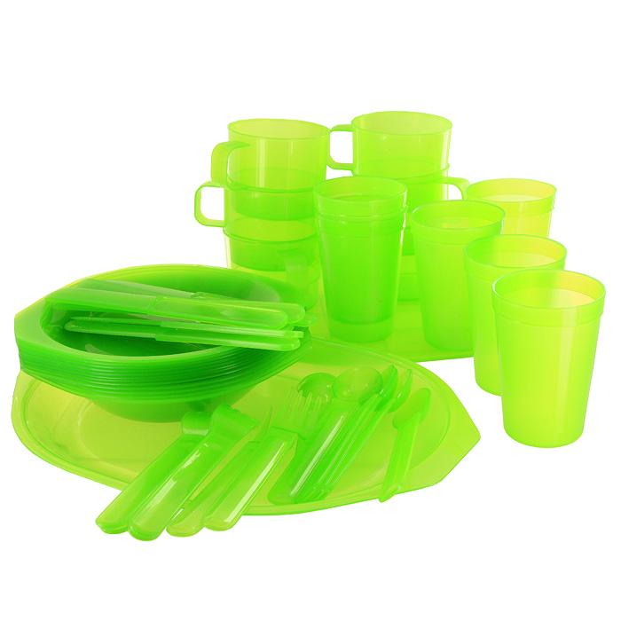 Набор для пикника Forester, 45 предметовC813Набор для пикника Forester выполнен из пищевого пластика салатового цвета. Предназначен для сервировки стола на природе на шесть персон. Набор включает: тарелка глубокая - 6 шт; тарелка мелкая - 6 шт; кружка - 6 шт; стакан - 6 шт; вилка - 6 шт; ложка - 6 шт; нож сервировочный - 6 шт; разделочная доска - 1 шт; сервировочное блюдо - 1 шт. Набор упакован в удобный чехол из ПВХ, закрывающийся на кнопки. Характеристики: Материал: пластик. Внутренний диаметр глубокой тарелки: 16,5 см. Высота глубокой тарелки: 3,5 см. Внутренний диаметр мелкой тарелки: 16,5 см. Длина ножа: 18,5 см. Длина ложки: 17 см. Длина вилки: 17 см. Высота кружки: 6,5 см. Диаметр кружки по верхнему краю: 8 см. Диаметр основания кружки: 7 см. Высота стакана: 10 см. Диаметр стакана по верхнему краю: 7 см. Диаметр основания стакана: 5 см. Размер разделочной доски: 30 см х 24 см. Размер блюда: 32,5 см...
