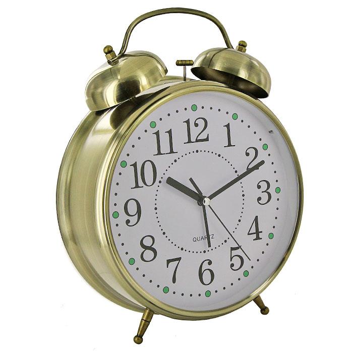 Часы-будильник Гигант, с подсветкой, цвет: бронза92267Каждое утро вы боитесь проспать? Будьте абсолютно уверены в том, что с таким будильником вам точно не удастся снова уснуть! Теперь вы сможете просыпаться утром под звуки стильного классического будильника Гигант. Большого размера будильник украсит вашу комнату и приведет в восхищение друзей. Будильник работает от батареек. На задней панели будильника расположены переключатель включения/выключения механизма и два колесика для настройки текущего времени и времени звонка будильника. Будильник также оснащен подсветкой циферблата. Характеристики: Размер будильника: 22 см х 30,5 см х 8 см. Диаметр циферблата: 19,5 см. Материал: пластик, металл, стекло. Размер упаковки: 31 см х 24 см х 8,5 см. Производитель: Китай. Артикул: 92267. Необходимо докупить 3 батареи 1,5V типа AA (не входят в комплект).
