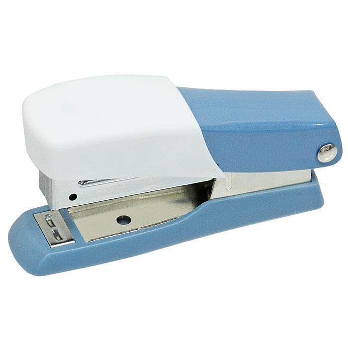 Мини-степлер Fusion, для скоб № 10, цвет: серо-голубой, белыйPP-220Степлер можно найти практически в каждом офисе и доме. Мини-степлер Fusion с вертикальной загрузкой скоб прошивает до 10 листов бумаги. Эргономичный корпус выполнен из пластика с резиновой накладкой для удобного применения. Мини-степлер Fusion вмещает до 50 скоб размером №10.Характеристики: Размер степлера: 8 см х 2,5 см х 4 см. Материал:пластик, металл, резина. Размер упаковки: 8 см х 3,5 см х 4 см.