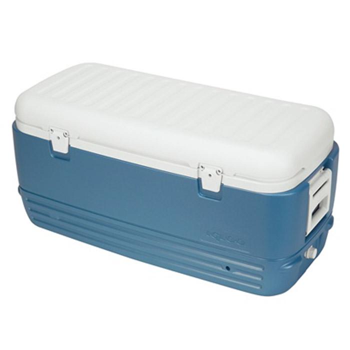 Изотермический пластиковый контейнер Igloo MaxCold 12013021Изотермический пластиковый контейнер Igloo MaxCold 120 предназначен для хранения или транспортировки охлажденных продуктов и напитков. Для поддержания температуры рекомендуется использовать с аккумуляторами холода. Особенности модели: Крышка надежно фиксируется замками; Резьбовая сливная пробка для отвода конденсата; Двойная пенная изоляция корпуса и крышки UltraTherm позволяет хранить лед 5 дней при 30°С; Удобные складные ручки для переноски. Сохранение температурного режима до 72 часов при использовании аккумуляторов холода. Характеристики: Внешний размер контейнера: 98 см х 47 см х 46 см. Внутренний размер контейнера (ДхШхВ): 35 см х 87 см х 29 см. Толщина стенок контейнера, max: 4 см. Вес устройства: 8,44 кг. Объем: 120 л (полезный объем 113,5 л). Изготовитель: США.