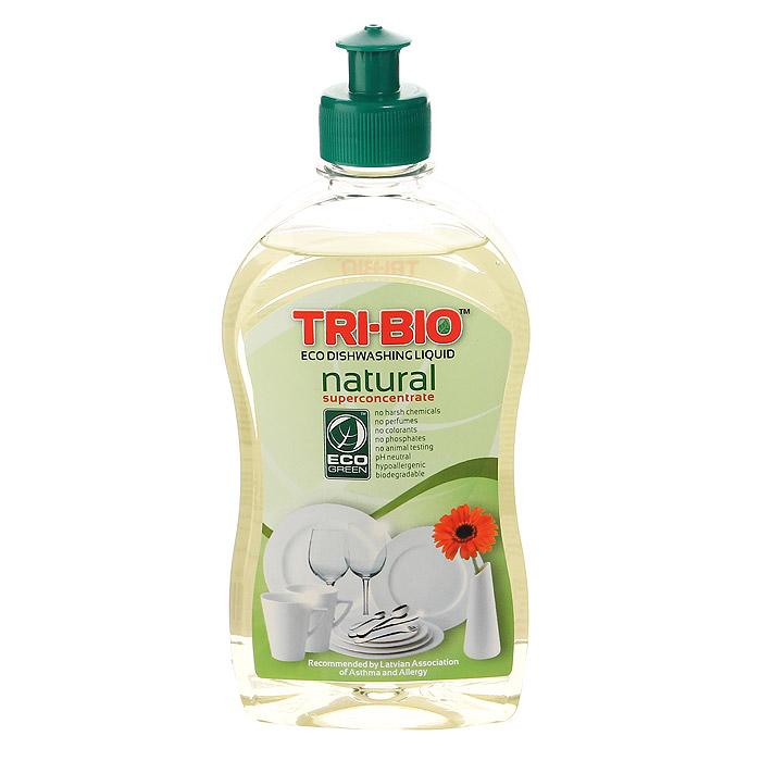 Натуральная эко-жидкость для мытья посуды Tri-Bio, 420 мл0181, 0116Натуральная эко-жидкость для мытья посуды Tri-Bio рекомендована для людей с чувствительной кожей. Она никогда не оставляет кожу рук сухой и потрескавшейся. Экологическая формула основана на натуральных растительных и минеральных компонентах и провитамине В5 для смягчения кожи. Не содержит опасных химических веществ, но так же эффективна, как широко известные жесткие химические моющие средства. Особенности биосредства Tri-Bio для здоровья: Без фосфатов, без растворителей, без хлора отбеливающих веществ, без абразивных веществ, без отдушек, без красителей, без токсичных веществ, нейтральный pH, гипоаллергенно. Безопасная альтернатива химическим аналогам. Присвоен сертификат ECO GREEN. Рекомендуется для людей склонных к аллергическим реакциям и страдающих астмой. Особенности биосредства Tri-Bio для окружающей среды: Низкий уровень ЛОС, легко биоразлагаемо, минимальное влияние на водные организмы, рециклируемые упаковочные материалы, не испытывалось на...