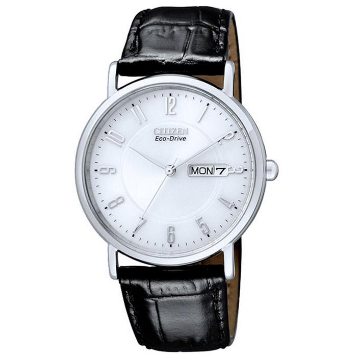 Наручные часы Citizen BM8241-01BEMV-017Наручные мужские часы Citizen BM8241. Данная модель имеет гибридный механизм Eco-Drive. Проходя через специальный светопроницаемый циферблат, свет попадает на высокочувствительный фотоэлемент, преобразующий его в энергию, которая аккумулируется в специальном накопителе и используется для питания кварцевого часового механизма.