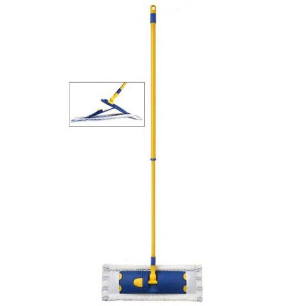 Швабра Flat Mop с телескопической ручкой10190-AШвабра Flat Mop с телескопической ручкой предназначена для уборки в доме. Плоская антибактериальная швабра из микрофибры имеет тройное очищающее действие. Микрофибра отделяет и удаляет въевшуюся грязь. Антибактериальная обработка для предотвращения размножения микробов. Нейлон и терилен, благодаря электростатическому действию, собирают пыль и волоски с любого покрытия. Швабра оснащена телескопической металлической ручкой, благодаря которой длина швабры регулируется, а также отверстием, с помощью которого ее можно повесить в удобное для вас место. Подошва швабры вращается. Оригинальная, современная, удобная швабра, которая подойдет к любому интерьеру, сделает уборку эффективнее и приятнее. Швабра идеально подходит для любого типа поверхностей, включая деревянный пол. Характеристики: Материал: пластик, металл, микрофибра. Максимальная длина ручки: 135 см. Минимальная длина ручки: 78 см. Размер насадки: 45 см х 16 см. ...